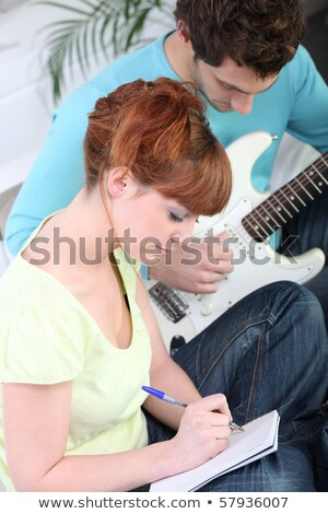 fille · guitare · chanson · stylo · maison · portable - photo stock © photography33