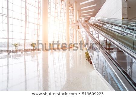 escada · rolante · multidão · negócio · cidade · empresário · trem - foto stock © konradbak