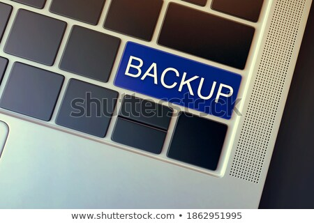 chiave · messaggio · tavolo · in · legno · business · computer - foto d'archivio © fuzzbones0