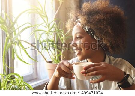 Portret mooie vrouw zwarte koffie restaurant business vrouw Stockfoto © wavebreak_media