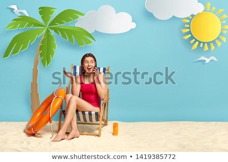 Aufgeregt Frau Badebekleidung sprechen Handy Foto Stock foto © deandrobot