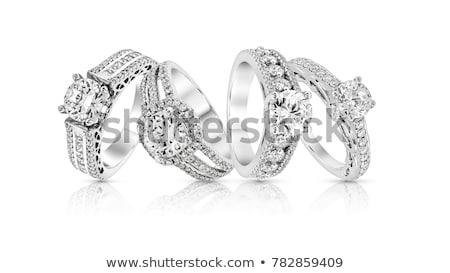 Zestaw złota zaręczynowy pierścienie odizolowany biały Zdjęcia stock © MarySan