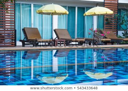 プール · 高級 · スイミングプール · 1泊 · 建物 · 青 - ストックフォト © punsayaporn