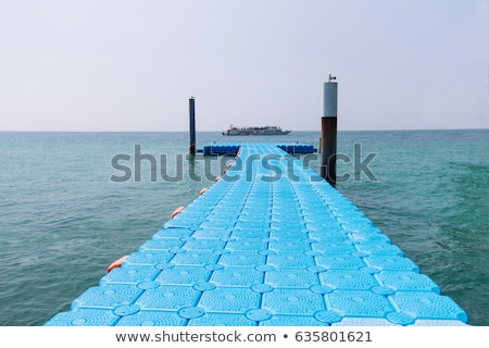 Flutuante branco azul mar fundo grupo Foto stock © boggy
