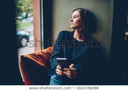 futuro · expectativas · mulher · jovem · olhando · distância · azul - foto stock © photography33