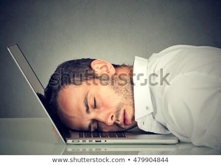 moe · man · slapen · notebook · toetsenbord · nacht - stockfoto © doupix