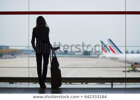 女性 · 船乗り · スーツケース · 白 · 笑顔 · ファッション - ストックフォト © elnur