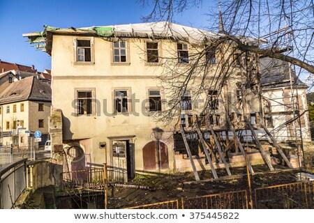 Oude rot huis dorp landschap straat Stockfoto © meinzahn