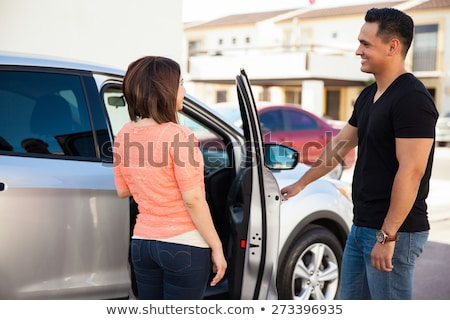 man · opening · auto · deur · vrouw · vergadering - stockfoto © is2