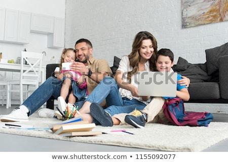 Familie gadget vader moeder dochter moderne stijl Stockfoto © amanmana