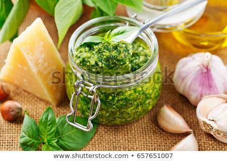 Fraîches vert sauce pesto bol peu profond Photo stock © AGfoto