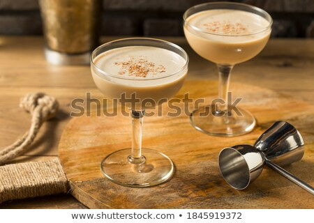 Brandewijn bril fles cognac oude houten tafel Stockfoto © goir