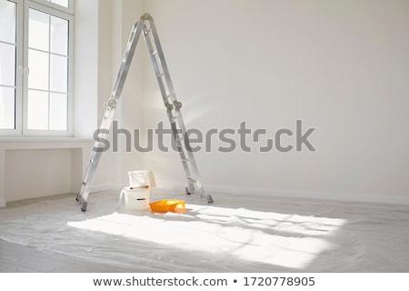 man · schilderij · kamer · blanke · man · witte · verf - stockfoto © photography33