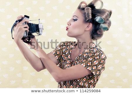 jong · meisje · analoog · camera · studio · baby · gezicht - stockfoto © jirkaejc