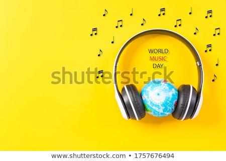mundo · terra · globo · ouvir · música · fones · de · ouvido · rádio - foto stock © pterwort