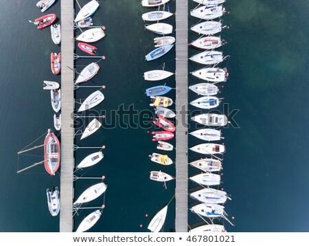 pier · barca · guardando · basso · acqua · panorama - foto d'archivio © yongkiet
