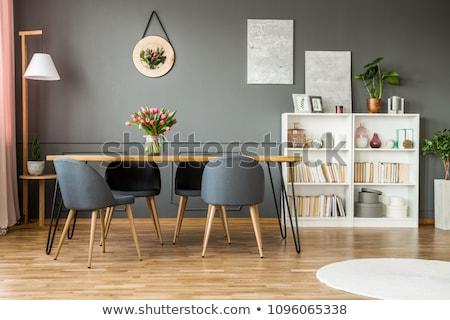 Eetkamer klein eiken tabel drie stoelen Stockfoto © alexeys