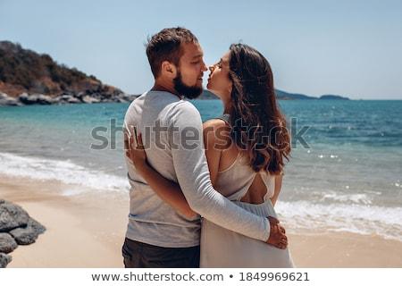Portrait plage tropicale posant jeunes amoureux Photo stock © majdansky