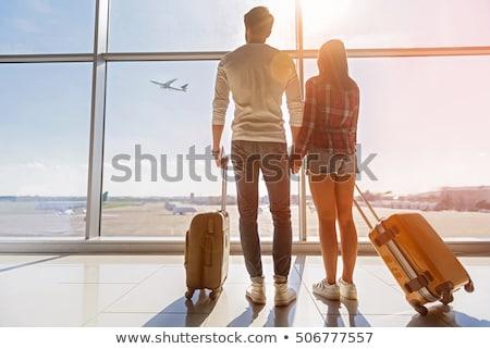 Photo stock: Homme · touristes · attente · aéroport · bagages · touristiques