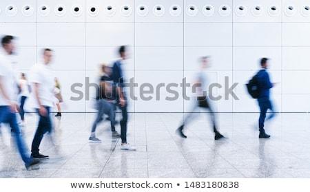 Turva caminhada silhueta borrão duas pessoas para baixo Foto stock © THP