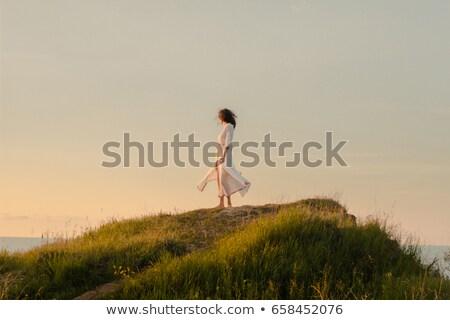 健康 ブルネット 徒歩 白砂 画像 裸 ストックフォト © dolgachov