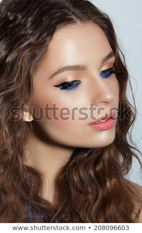 Visage pensieroso donna blu mascara vacanze Foto d'archivio © gromovataya