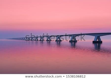 建設 · 日没 · 通り · にログイン · 橋 · 輸送 - ストックフォト © phbcz
