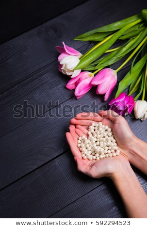 Pérolas mãos ornamento moda beleza retrato Foto stock © Lupen