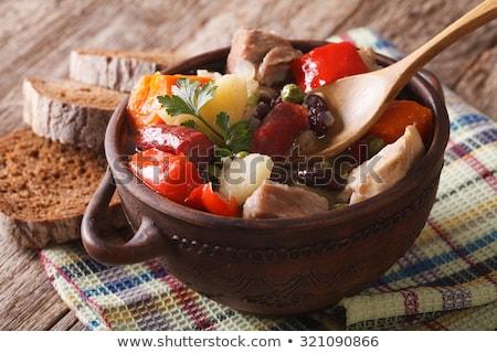 Zuppa affumicato salsicce stile rustico messa a fuoco selettiva Foto d'archivio © zoryanchik
