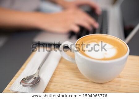 Beker melk schuimend top Stockfoto © pressmaster