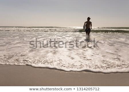 Shirtless jonge mannelijke surfer Stockfoto © wavebreak_media