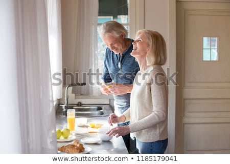 romantique · couple · déjeuner · ensemble · papier · café - photo stock © photography33