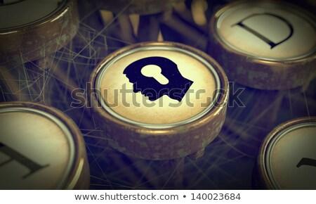 Tête serrure grunge machine à écrire clé vieux Photo stock © tashatuvango