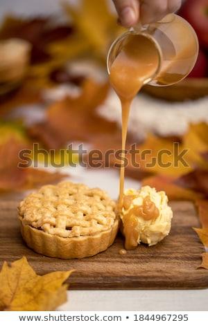 Foto stock: Caramelo · sobremesa · comida · branco · colher · creme