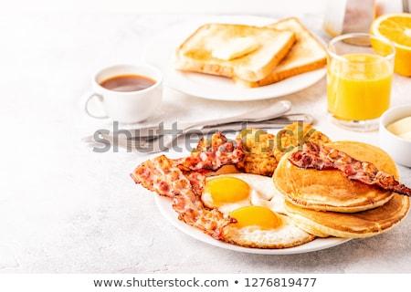continentaal · ontbijt · sinaasappelsap · croissants · aardbeien · stilleven · koffie - stockfoto © dariazu