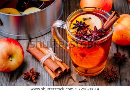 Elma şarabı elma cam tablo kış kırmızı Stok fotoğraf © yelenayemchuk