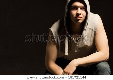 portré · gyönyörű · fiatal · izmos · férfi · dől - stock fotó © deandrobot