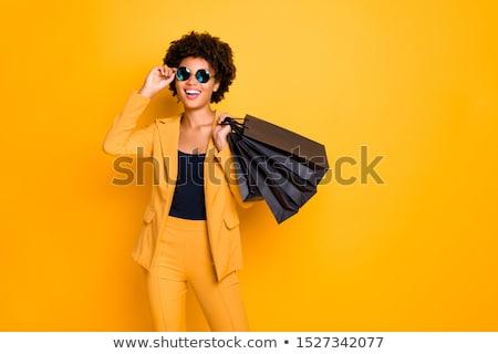 sexy · feliz · mujer · vestido · rojo · compras · regalo - foto stock © kurhan