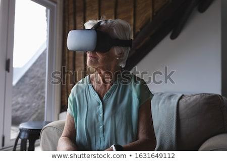 мнение старший женщину виртуальный реальность Сток-фото © wavebreak_media