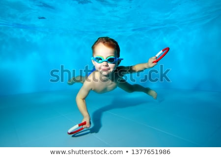Cute Kid позируют подводного бассейна отдыха Сток-фото © wavebreak_media