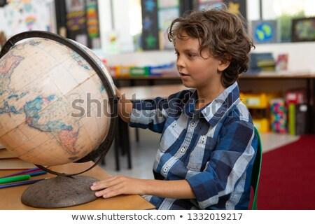 vue · de · côté · écolier · étudier · classe · séance - photo stock © wavebreak_media