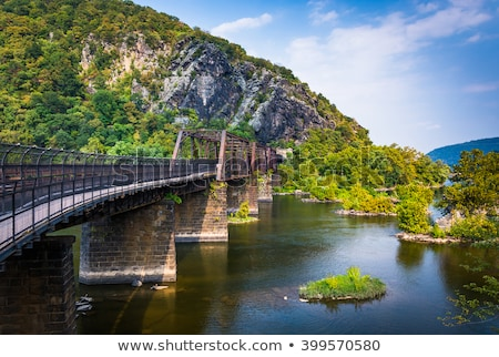 View over Potomac River at harpers ferry Stock photo © backyardproductions