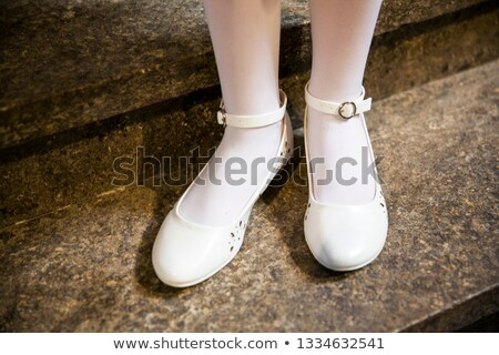 Elegante dama de honor zapatos mujeres novia tienda Foto stock © gsermek