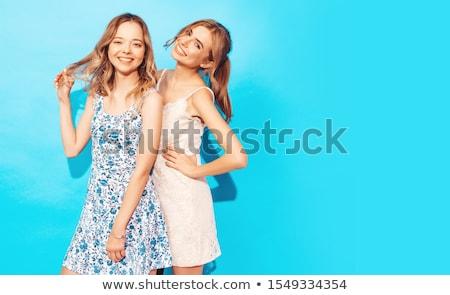 Blond sexy girl kort jeans Blauw wind Stockfoto © lunamarina
