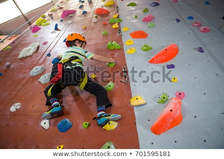 jongen · klimmen · touw · rock · berg · leuk - stockfoto © wavebreak_media