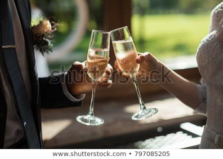Esküvő szemüveg díszített rózsa üveg étterem Stock fotó © vrvalerian