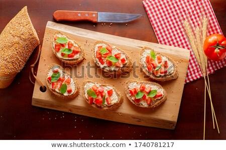 Bruschetta tomate mozzarella albahaca desayuno brindis Foto stock © M-studio