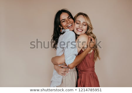 affectueux · soeurs · hug · deux · cute · enfant - photo stock © lighthunter