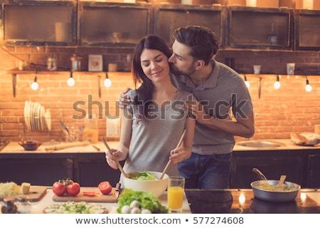 Man zoenen vrouw heerlijk vers voedsel Stockfoto © AndreyPopov