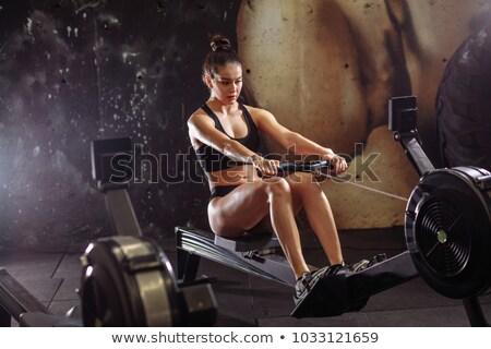 Entrenamiento mujer cruz formación cardio Foto stock © Maridav